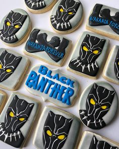 Black Panther #cookies #cachitodecielopdx #decoratedcookies #cookiesofinstagram #instacookies #blackpanther #marvel #blackpanthermovie #blackpanthercookies