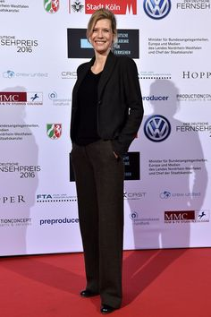 Ina Weisse Photos - Ina Weisse attends the German television award by the Deutsche Akademie fuer Fernsehen at Museum Ludwig on November 2015 in Cologne, Germany. - Television Award 2015 By Deutsche Akademie fuer Fernsehen People, Style, Fashion, View Tv, Swag, Moda, Stylus, Fashion Styles, Fashion Illustrations