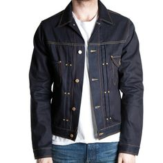 Magus € 159,95 Slim fit trucker jacket 12 oz. Indigo Twill 3/1 65% Cotton / 35% Recycled Cotton
