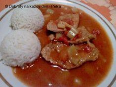 Vepřové řízky naklepeme, osolíme a opepříme. Ve větší pánvi rozehřejeme olej, na kterém osmažíme nadrobno nakrájenou cibuli a česnek a přidáme řízky. Poté, co má .... Czech Recipes, Ethnic Recipes, Pork Tenderloin Recipes, Food Inspiration, Natural Remedies, Curry, Food And Drink, Cooking Recipes, Menu
