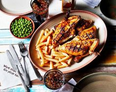 Nando's Slimming World Syns List - Basement Bakehouse astuce recette minceur girl world world recipes world snacks Slimming World Eating Out, Slimming World Syns List, Nando's Chicken, Chicken Recipes, Pop Up Restaurant, Cook At Home, World Recipes, Food Cravings, Food Dishes