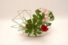 Ikebana ikenobo japan flower arrangement jiyuka. Indonesia