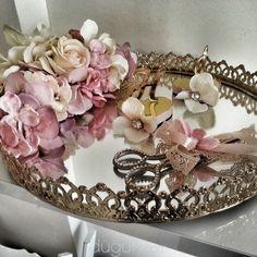 Engagement Ring Platter, Engagement Ring Holders, Ring Holder Wedding, Engagement Rings, Engagement Session, Wedding Shower Decorations, Engagement Decorations, Balloon Decorations, Wedding Gift Hampers
