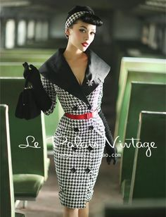 Le Palais Vintage Pinup Houndstooth Dress Coat So striking! Is this houndstooth dress Moda Vintage, Moda Retro, Vintage Mode, Pin Up Vintage, Looks Vintage, Retro Vintage, Vintage Trends, Rockabilly Fashion, 1950s Fashion