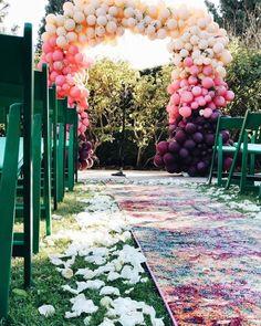 30 Wedding Balloon Decorations Incredible Ideas ❤ #weddingforward #wedding #bride #weddingballoondecorations #weddingdecor