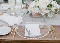 Elegant chic table setting! #milestoneeventsgroup #trentaduewinery #parkavenuecatering #oohlalaweddings #winecountrywedding #loripaladinophotography
