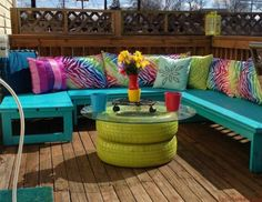 How to give a new look of your old tires? There are 15 simple way to turn your old tires into bright interior items. Tire Furniture, Garden Furniture, Modern Furniture, Outdoor Furniture Sets, Outdoor Decor, Recycled Furniture, Furniture Design, Automotive Furniture, Automotive Decor