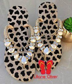 Shoes Flats Sandals, Sexy Sandals, Cute Sandals, Flip Flop Sandals, Shoe Boots, Bling Flip Flops, Wedding Flip Flops, Flat Prom Shoes, Cute Toenail Designs
