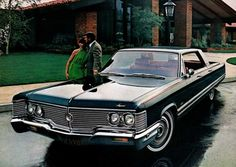 1968 Imperial by Chrysler. My word, this thing is massive. It's also massively cool. Classic Chevy Trucks, Classic Cars, Classic Auto, Chrysler Cars, Chrysler 300, 1960s Cars, Chrysler Imperial, Us Cars, Vintage Cars