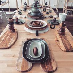 A découvrir en septembre : #SITTNING ! Une #collection limitée dédiée à l'#art de la #table, avec des matériaux authentiques pour des moments de #partage entre #amis ou en #famille.#IKEAPRESSDAY15 #IKEA #food #cuisine #nouveauté #nouveau #design #scandinave