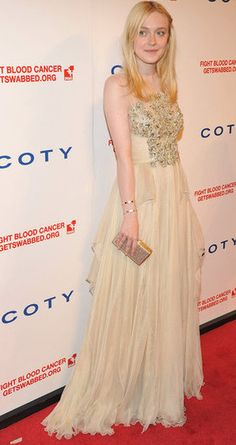Dakota Fanning in Elie Saab. love.