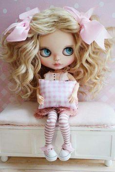 Bjd Dolls, Doll Toys, Pretty Dolls, Beautiful Dolls, Monster High, Doll Clothes, Kawaii Doll, Doll Repaint, Doll Hair
