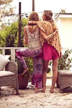 ...boho chill...the pants on the girl the left,perfect for curling up with a book on a lazy or rainy (or both) day...§