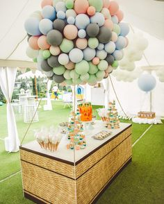 Incredible hot air balloon desert table made from latex balloons 🎈 Yet another AMAZING soft colour combo for a girl or boy! Be inspired! Birthday Party Decorations, Baby Shower Decorations, Birthday Parties, Party Themes, Wedding Balloons, Birthday Balloons, Deco Ballon, 33rd Birthday, Birthday Kids