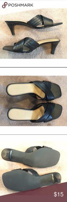 NWOT Villager Liz Claiborne Black Dress Sandals NEVER WORN Villager by Liz Claiborne Black Leather Slip-on Dress Sandals Size 8.5 2.5 inch heel Liz Claiborne Shoes Sandals