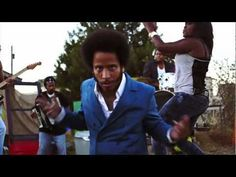 The Coup - reppin' Oakland with movement music  http://www.youtube.com/watch?v=uaFQw52wJug=SPJ7QPuvv91Jtv4Xyw6XnpuqrmJC_WSyQ6