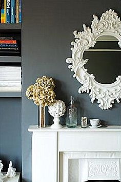 how gorgeous is that mirror. and grey walls, cant go wrong.