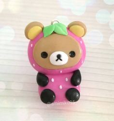 """390 Me gusta, 29 comentarios - Ariane (@amimiko95) en Instagram: """"For today I made another Rilakkuma, this time in a strawberry costume that I love. Hope you like it…"""""""