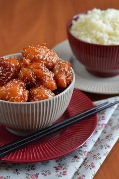 Hankka: Szezámmagos kínai csirke Meat Recipes, Chicken Recipes, Yummy Food, Tasty, Hungarian Recipes, Sweet And Salty, Diy Food, Food Inspiration, Healthy Snacks
