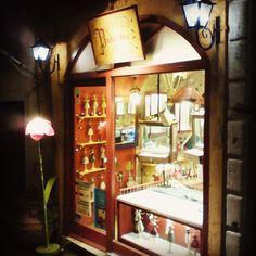 #Kerkyra by #night ! #mirtoulini29 #kerkyra #trip #traveler #walk #walkwithfriends #justwalking #oldtown http://ift.tt/1Z6c5kr #mirtoulini29