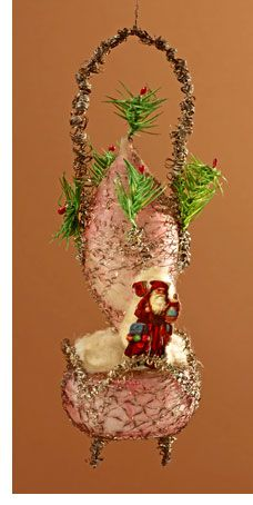 Scrap paper Santa riding a wire-wrapped balloon. Balloon decorated with feather tree branches. German Christmas Ornaments, Victorian Christmas Ornaments, Vintage Ornaments, Christmas Items, Handmade Christmas, Christmas Tree Ornaments, Old Fashioned Christmas Decorations, Balloon Balloon, Feather Tree