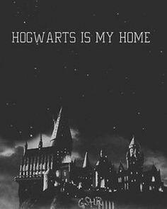 """Hogwarts İs My Home"" ""Hogwarts Benim Evim""  #hogwarts #hogwartsexpress #harrypottermovies #harrypotter #harryjamespotter #potter #danielradcliffe #ronweasley #weasleyfamily #rupertgrint #hermione #hermionegranger #hermionejeangranger #emmawatson #magic #wand #witch #wizard #hufflepuff #gryffindor #slytherin #ravenclaw #home #dumbledore #albus #wallpaper"
