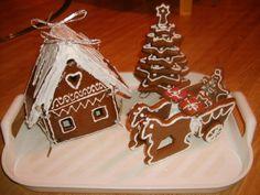Medovníky (fotorecept) - obrázok 8 Gingerbread Cookies, Ale, Christmas Ornaments, Holiday Decor, Desserts, Food, Gingerbread Cupcakes, Xmas Ornaments, Ginger Cookies