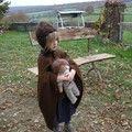 avec la poupée de Pénélope