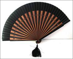 black /beige chic wood fan Éventail noir/beige bois