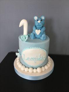Smash torte mit Teddybear. Cakepops, Teddybear, Birthday Cake, Desserts, Food, Birthday Cake Toppers, Wedding Cakes, Cake Ideas, Tailgate Desserts