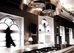 Ludwig 6, Dross & Schaffer, Showroom, Küchen, Küchenausstellung, Leuchten, Küchenlampen, Gasherd, Gasgrill, hochwertig, Luxus