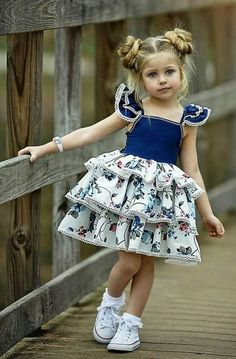 VOGUE ENFANTS: Must Have of the Day: Dollcake most popular design is back and better than ever! Girls Party Dress, Little Girl Dresses, Baby Dress, Girls Dresses, Toddler Girl Dresses, Party Dresses, Fashion Kids, Fashion Clothes, Fashion Dresses