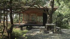 Villa Ljunghusen in Höllviken on Skanör-Falsterbo < Guido / Online > Villas, Modern Mountain Home, House Deck, Small Buildings, River House, Cabin Homes, Prefab, Modernism, Exterior Design