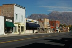 Lehi, Utah is the home town of Taylor Street - Great place in America!