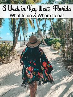Take a trip to the Southernmost part of the continental United States for a week in Key West. I'm sharing what to do and where to eat for your trip! Florida Vacation, Florida Travel, Florida Trips, Key West Florida, Florida Keys, Lobster Fest, Key West Vacations, Fl Keys, Key West Wedding