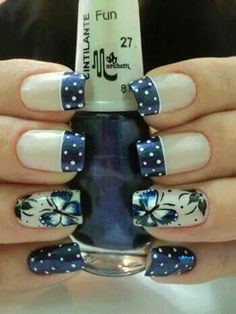 Unhas decoradas, desenhadas, artisticas com borboleta. Great Nails, Fabulous Nails, Gorgeous Nails, Nail Polish Designs, Cute Nail Designs, Nails Design, Pedicure Designs, Fancy Nails, Diy Nails