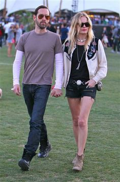 """Kate began dating her director fiancé on the set of indie flick """"Big Sur,"""" an adaptation of the Jack Kerouac novel. You can't get more hipster than that! See more celeb couples on Wonderwall: http://on-msn.com/TIkk5C"""