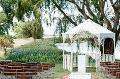 outdoor summer destination wedding venue in Cape Town - photo by Debbie Lourens Photography