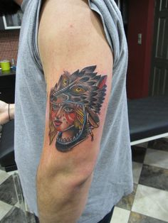 old school wolf tattoo