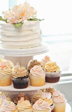 Like the look of cake on top and cupcakes shaped like cake underneath