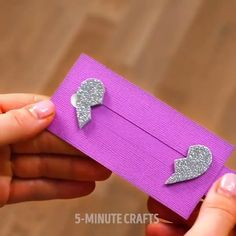 Graduation Gifts Discover Super cute fun card crafts to make for the people you love this Super cute fun card crafts to make for the people you love this Diy Crafts Hacks, Diy Crafts For Gifts, Diy Home Crafts, Diy Arts And Crafts, Creative Crafts, Card Crafts, Crafts To Make, Cool Paper Crafts, Paper Crafts Origami