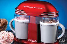 2人で作って楽しい美味しい!レトロデザインのアイスメーカー