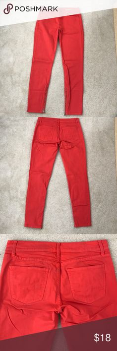 Gap legging jeans with zippers at ankle Legging jeans from Gap in bright red with zippers at ankles. Size 27/4, slightly stretchy. Ankle jeans with skinny leg. Only worn a few times, numbers inside waistband peeling from wash (shown in last pic) but otherwise in great shape! GAP Jeans Ankle & Cropped