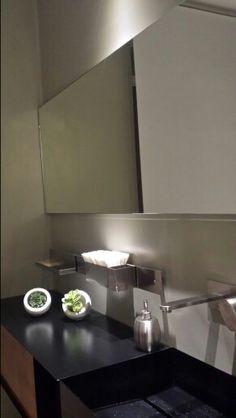muro e specchio