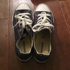 Blue converse worn once size 2.5 kids fits me I'm a 6-7 women's Converse Shoes Sneakers