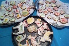 Galletas de mantequilla decoradas con glasa para Navidad | Panderetas.es