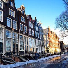 Snowy streets of Amsterdam. Photo courtesy of cheryperez on Instagram.