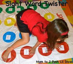 Utiliser le tapis du twister et coller des lettres dessus