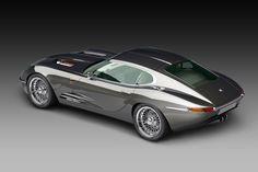 Mit dem Lyonheart K erscheint eine Neuinterpretation des Jaguar E-Type in Kleinserie. Jetzt gibt es Preise für den Roadster und das Coupé.
