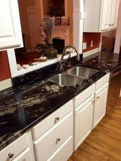 Black Titanium Granite -- this granite has a black background with gold streaks and cream waves. It also has crystal deposits. As you can see it looks stunning with white cabinets. Kitchen Island Bench, Dark Kitchen Cabinets, White Cabinets, Dark Granite Countertops, Kitchen Countertops, Black Granite, Updated Kitchen, New Kitchen, Vintage Kitchen
